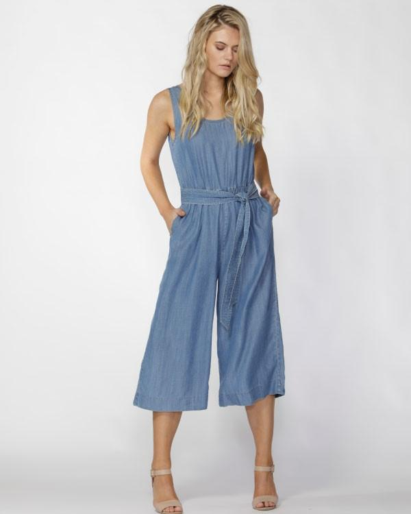 fate_rafinnne_jumpsuit
